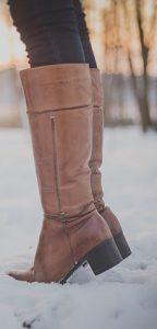 dbanie o stopy w zimie